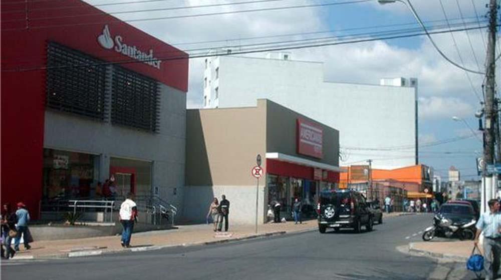 São Paulo estende quarentena mas flexibiliza algumas regiões